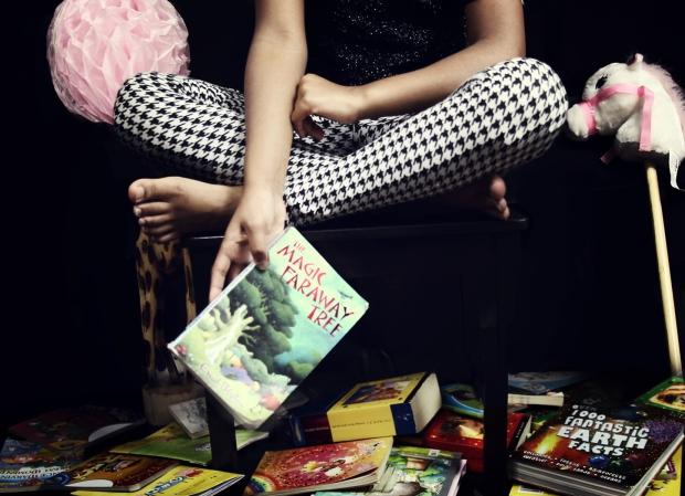 Mini Adorngirl book review