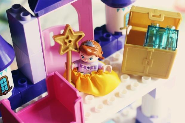 Lego Duplo Sofia the first princess castle review